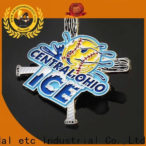 Awards Medal 100% quality lapel pin badges overseas trader for souvenir