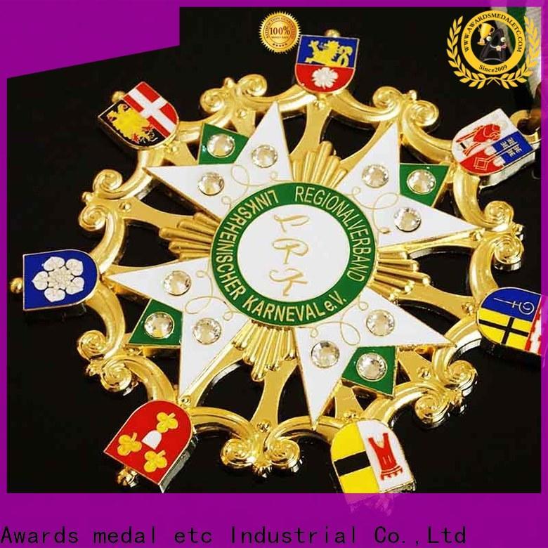 large selection of karneval orden enamel trader for sale