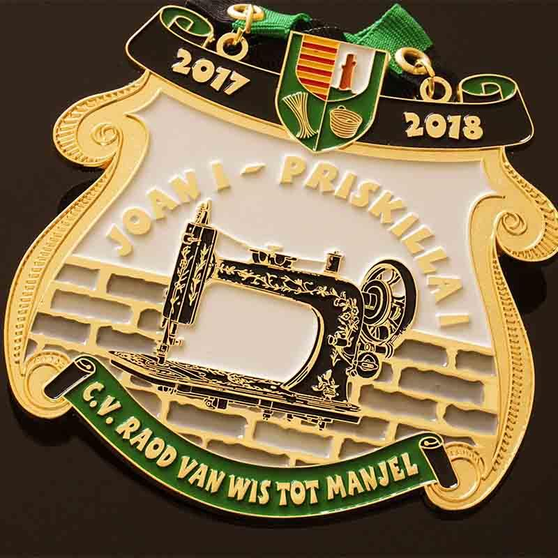 Custom metal orden medal with your own logo for gifts, Die casting Zinc Alloy Material And Soft Enamel Colors 1