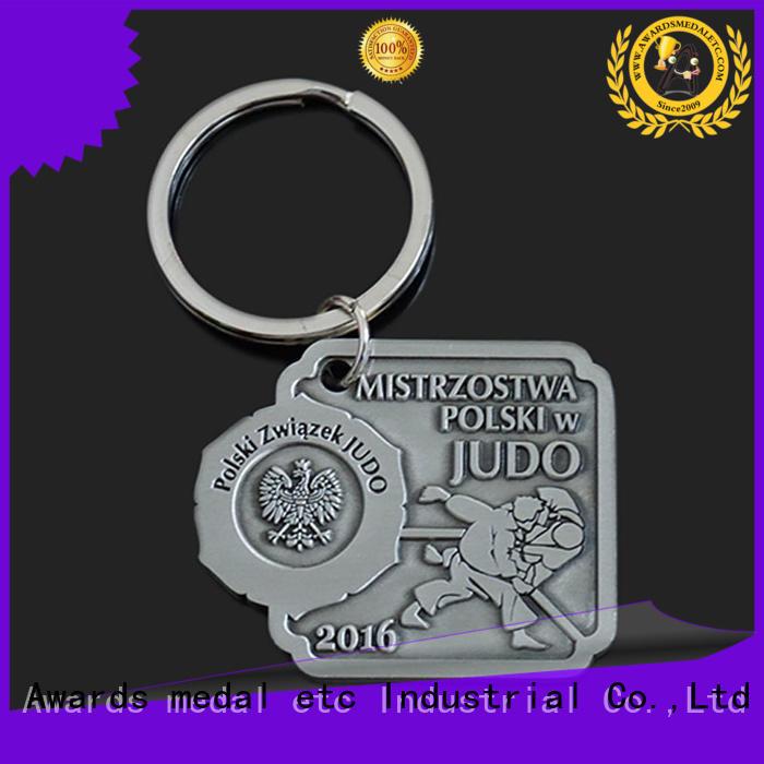 Awards Medal inexpensive custom logo metal keychains international market for gift