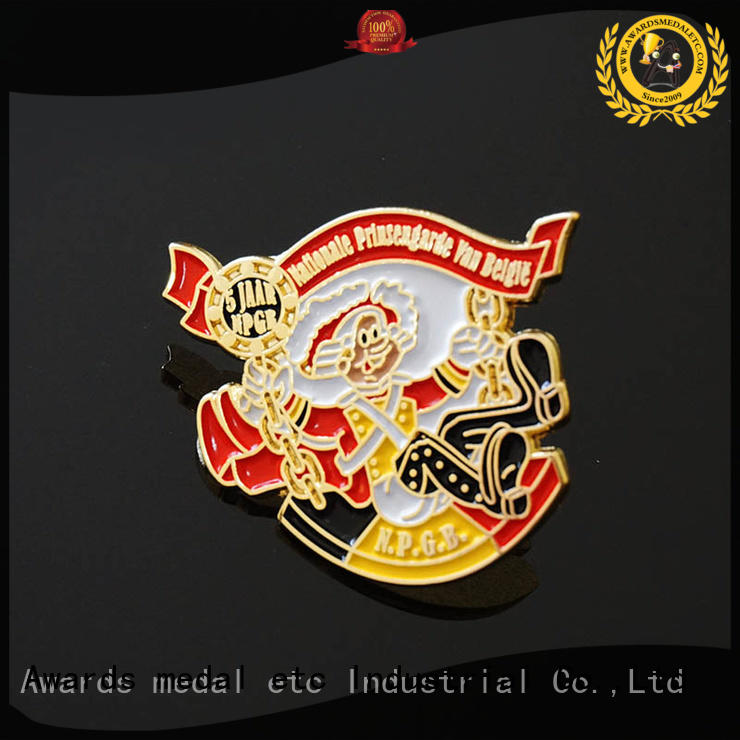 100% quality lapel pin badges soft looking for buyer for souvenir