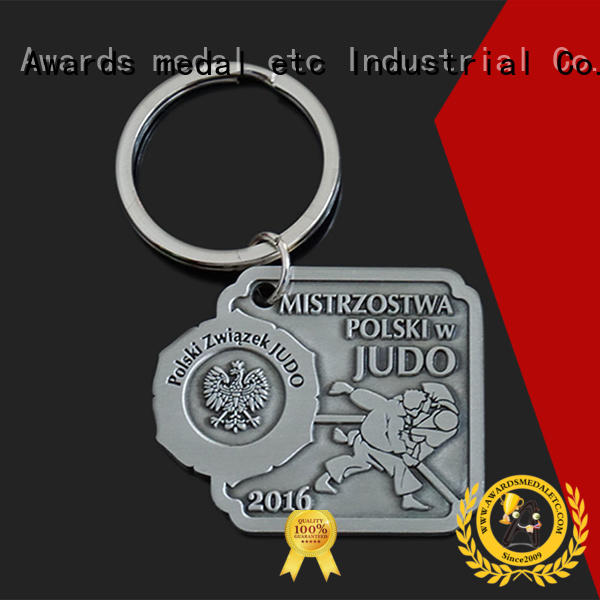 latest metal keychain chain trade cooperation for promotion