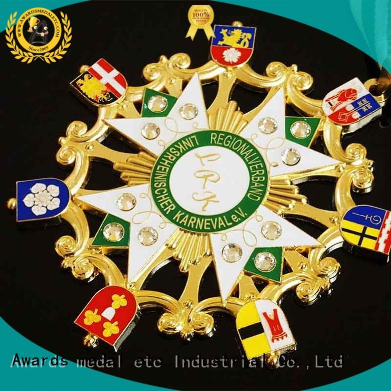 Custom metal orden medal with your own logo for gifts, Die casting Zinc Alloy Material And Soft Enamel Colors 2