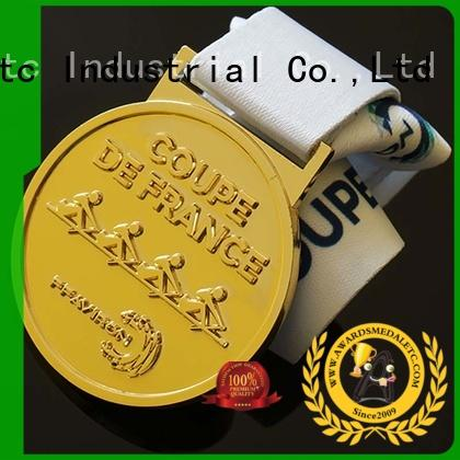 custom medallion awards & custom made badges
