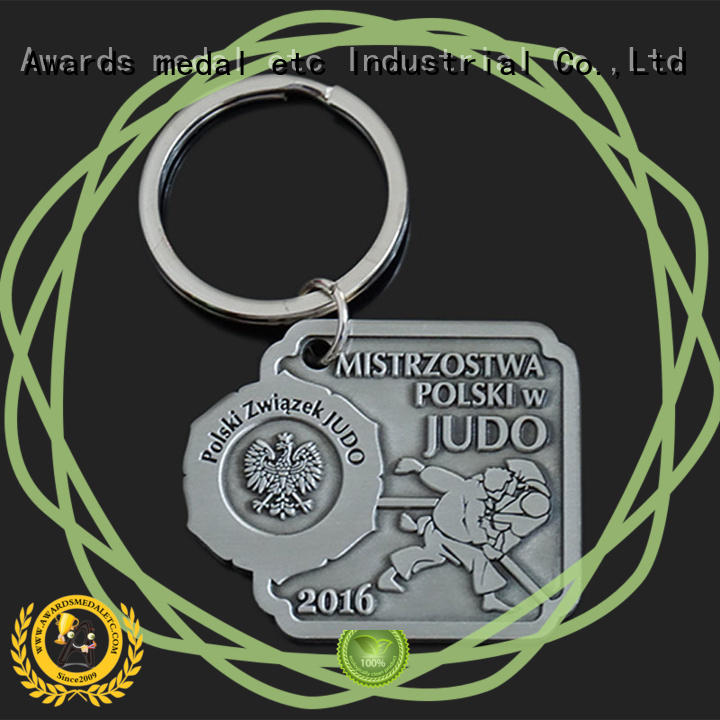 Awards Medal oem metal key chains international market for promotion